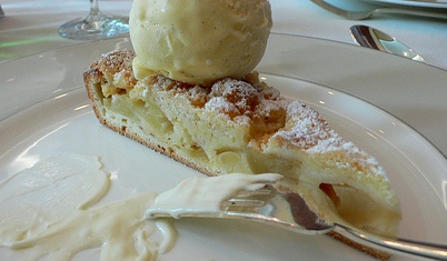 """Sweet dough + apples + cheesecake = """"Oh, my!"""""""
