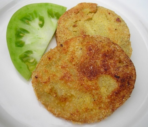 These guys can be enjoyed as is, or you can use them as a component in a swanky dish.  Either way, fried green tomatoes are Okay in my book.