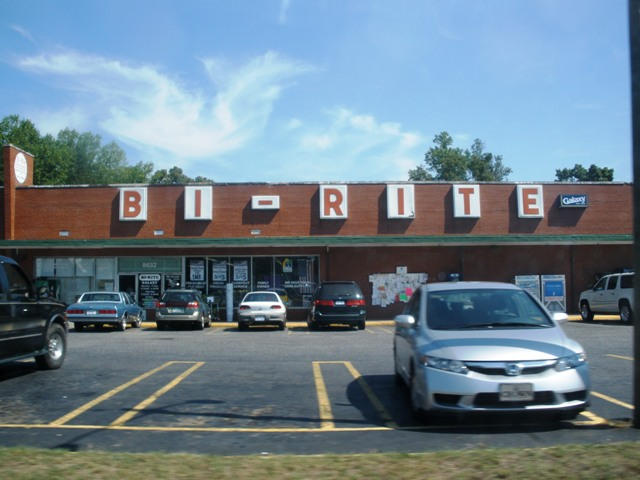 I've never heard of this grocery store.  I'm sure it's lovely.